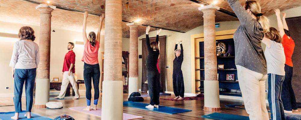 scuola insegnanti yoga